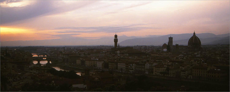 Firenze (Florence) bij zonsondergang.