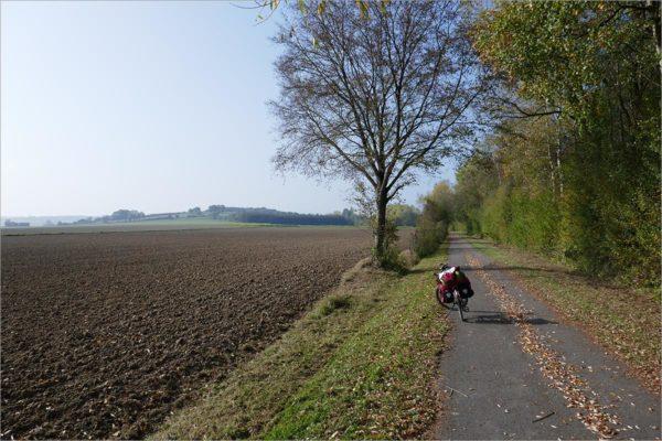 Fietspad naar Mariembourg, fietsen naar Parijs