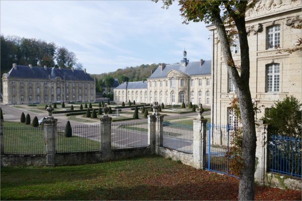 De abdij van Prémontré, fietsen naar Parijs