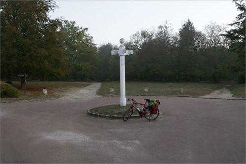 Wegwijzer Compiègne, fietsen naar Parijs