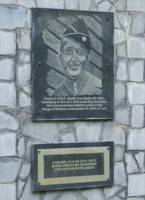Monument voor genist John Shields