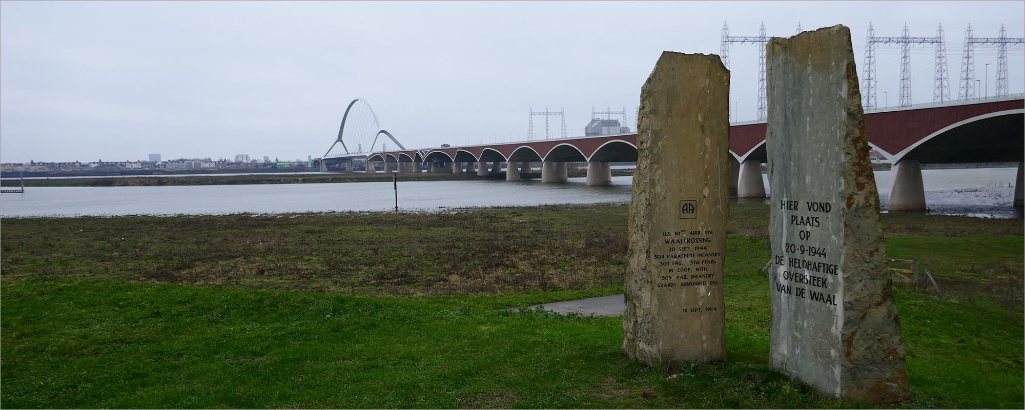 Het monument bij De Oversteek